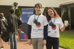 Two New Harvest 2016 conference volunteers